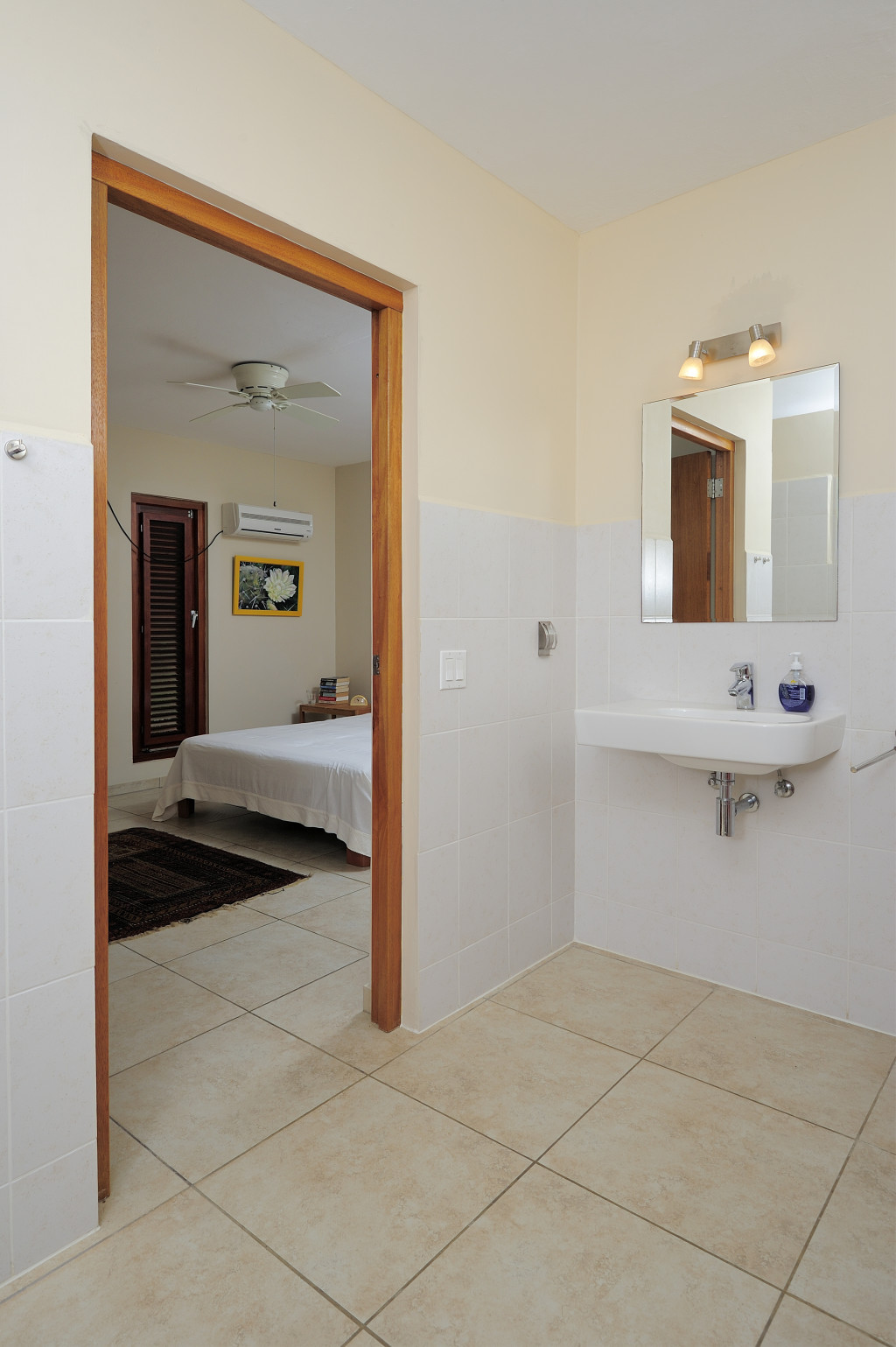 Vakantiehuis bonaireslaapkamer annex badkamer